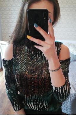 Bluzka półgolf z odkrytymi ramionami Latino Paris ciechanów,zmysłowa bluzka,moda 2020,warszawa