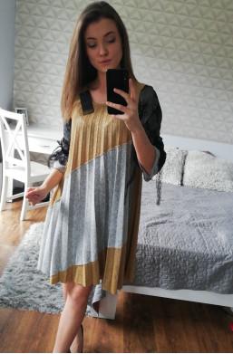 sukienka plisowana new collection made in Italy,zwiewna sukienka,sukienka na długi rękaw,najnowsze modele