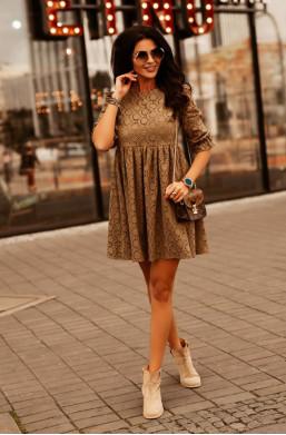 krótka sukienka ,sukienka z kołnierzykiem,sukienka z krótkim rękawem,sukienka z wzorem O La Voga
