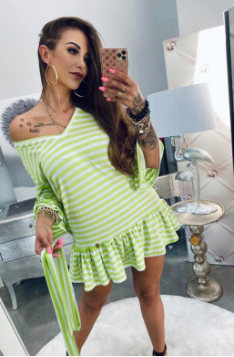 sukienka na plaże,sukienka  w paski,sukienka z paskiem,zielona sukienka,sukienka z falbaną