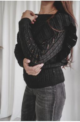 sweterek z falbankami,czarny sweterek,sweterek z wycięciami,modny sweterek,ciechanów