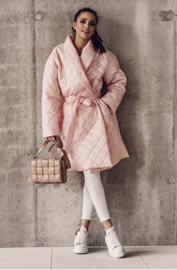 długi płaszcz,płaszcz pikowany,płaszcz O la voga,oryginalny płaszcz,elegancki płaszcz ,hit mody 2021