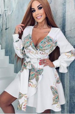 sukienka asymetryczna,sukienka lola bianka,oryginalna sukienka,krótka sukienka,luźna sukienka,biała sukienka,hit mody
