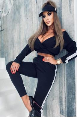 dres lola bianka,czarny dres,luźny dres,dres z krotką bluzą,długi dres,dres elegancki,modny dres