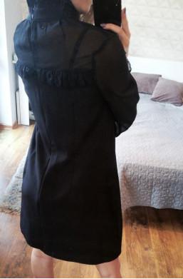 Sukienka  MARELINA w kolorze czarnym ze stójką,czarna sukienka,sukienka na długi rękaw