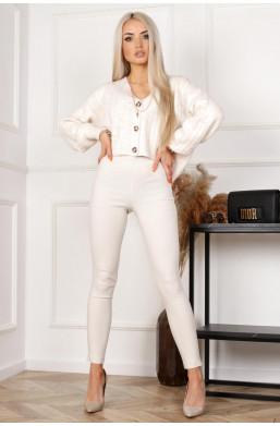 modelujące spodnie, wyszczuplające leginsy, dobra jakośc tkaniny, spodnie na komunię