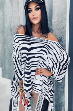 bluzka z motywem zebry,bluzka lola bianka,długa tunika,oryginalna tunika,tunika na krótki rękaw,ciechanów,warszawa,hit mody 2021