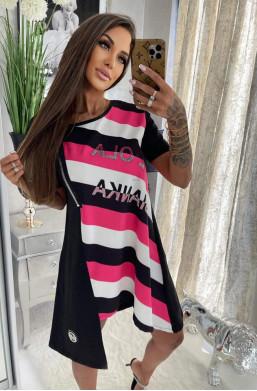 sukienka na krótki rękaw,sukienka w paski,sukienka na wiele okazji,elegancka sukienka,hit mody 2021