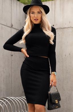 czarny komplet ze sweterkiem,elegancki komplet,dopasowany komplet,komplet z półgolfem,na zimę,na jesień