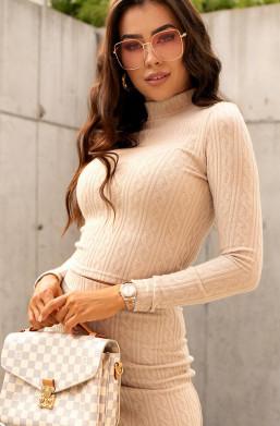 beżowy komplet ze sweterkiem,elegancki komplet,dopasowany komplet,komplet z półgolfem,na zimę,na jesień