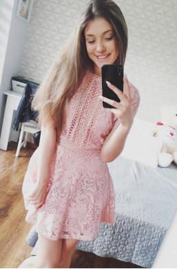 Sukienka D&Z fashion z koronki