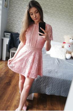 Sukienka D&Z fashion z koronki na imieniny,sukienka na kolację , sukienka na wieczór,krótka sukienka
