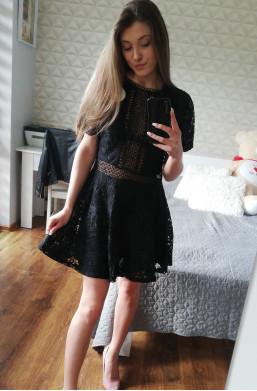 Sukienka D&Z fashion z koronki,krótka sukienka,ozdobna sukienka,modna sukienka